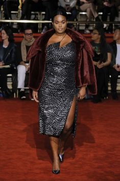 Christian Siriano Fall 2018 Runway Collection Was A Celebration Of Diversity & Body Positivity