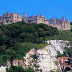 seen that from this angle. wanna see it up close! Dover England, Dover Castle, Family Vacation Destinations, World Traveler, Places Ive Been, United Kingdom, Beautiful Places, To Go, Spaces