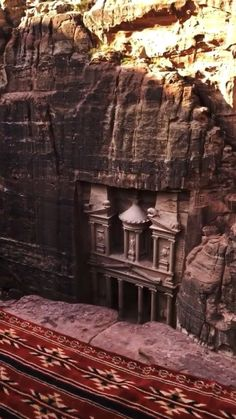 mnmlearth on Instagram: Living in an Indiana Jones movie.. Ancient city of Petra in Jordan estimated to be built as early as 5th century BC 😱 Video by…
