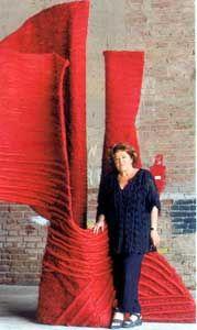 Jagoda Buic poses near her textile sculpture / Exibition / MINIARTEXTIL 2001