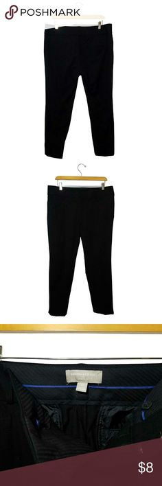 "Banana Republic Jackson Fit Black Pants Banana Republic Jackson Fit Black Pants 	Size 12 	Slim Ankle Fit. Slit at Bottom Ankle. Belt Loops. Zipper with Hook and Eye Closure Waist Approx. 34"" Inseam: Approx. 27 1/2"" 	56% Viscose 39% Cotton 5% Spandex/Elastane 	Made in Bangladesh 	Dry Clean Only 	Gently Used Banana Republic Pants Ankle & Cropped #stellasaksa"