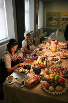 Look at them. Aren't they beautiful.    From 2009_03_21   These eggs were painted or dyed by hand by Dorothea Schoize, from Bautzen, Marja D...