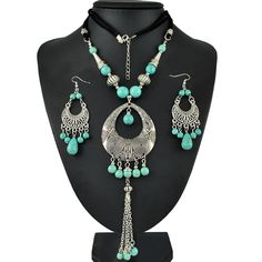 Fashion Tibetan Silver Jewelry Set Hollow Out Carving Turquoise Beads Pendant Necklaces And Earrings Set For Women Dress