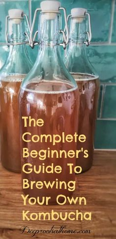 A Complete Beginner's Guide To Brewing Your Own Kombucha. And see different ways… A complete guide for beginners to brew your own kombucha. And see how you can spice up your kombucha in different ways. Kombucha Benefits, Organic Kombucha, Kombucha Scoby, How To Brew Kombucha, Kombucha Recipe, Juicing Benefits, Health Benefits, Kombucha Brewing, Kombucha Drink