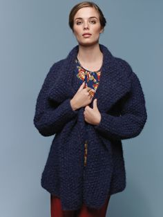 Knit this womens textured slouchy cardigan from Tumble, a design by Lisa Richardson.  Knitted in Tumble, a glorious lightweight, soft and lofty yarn comprising of 90% Alpaca and 10% Cotton. This knitting pattern is suitable for beginners.