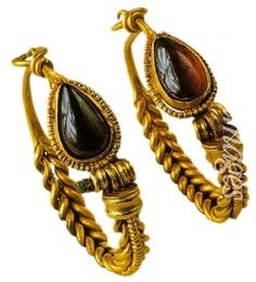 Earrings, Greece, 1st century, State History Museum, Moscow