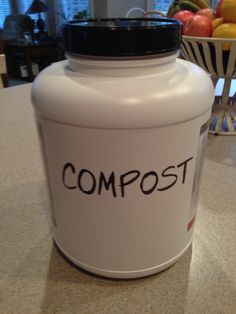 Compost bin / Supplies: container w/lid, charcoal filter, & drill http://www.lifesanity.com/make-your-own-kitchen-compost-bin/