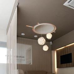 chociwski architekten ZT-GmbH (@chociwskiarchitekten) | Instagram photos and videos Bathroom Lighting, Highlights, Retail, Ceiling Lights, Mirror, Videos, Instagram Posts, Furniture, Home Decor