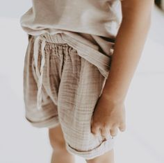 402 Likes, 14 Comments - Kids fashion Toddler Boy Outfits, Toddler Fashion, Kids Fashion, Girl Outfits, Boho Baby Clothes, Neutral Baby Clothes, Vintage Nightgown, Kid Styles, Baby Shirts