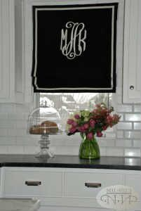 Add a monogram to your window coverings #nellhills #border #detail