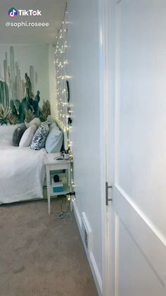 amazing room tour - Best Picture For diy crafts For Your Taste You are looking for something, and it is going to tell - Cute Bedroom Decor, Teen Room Decor, Room Ideas Bedroom, Ikea Teen Bedroom, Bedroom Ideas For Small Rooms For Teens, Men Bedroom, Girl Bedrooms, Bedroom Inspo, Wall Decor