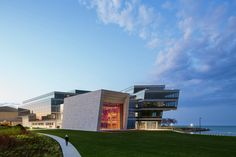 Gallery - Northwestern University Ryan Center / Goettsch Partners - 1