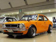 Toyota Corolla TE27, I think. Looks like an old Civic!