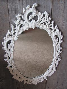 reversible - mirror on one side and chalk board on the other side