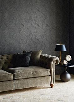 Wallpaper: Oreste 311235 by Zoffany. Available at the DD Building suite 409 #ddbny #zoffany