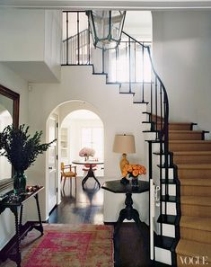 Amanda Peet's house: California Boho, entry hall, pink Turkish rug, black…