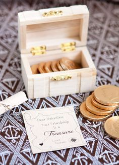treasure valentine with chocolate gold coins.  with FREE treasure map download.  // armelle blog