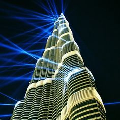 برج خليفة، دبي، الإمارات Burj Khalifa, Dubai, UAE by: @rickisaurus www.batuta.com