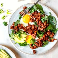 Step up your brunch game with Vegetarian Tempeh Chorizo! It's loaded with spices and packed with flavor and protein to keep you full all morning! Tempeh, Tofu, Quinoa Cookies, Ghee Butter, Plant Based Protein, Vegetarian Options, Caramelized Onions, Chorizo, Meal Prep
