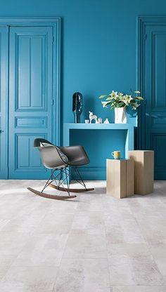 """Wallstreet light"", dalles Senso Lock, 30 cm x 60 cm, euros le Gerflor. Wooden Flooring, Laminate Flooring, Imitation Parquet, Vinyl Tiles, Home Comforts, Floor Chair, Home Remodeling, Inspiration, Furniture"