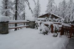 Sequence of photos of April snowfall at Cere. Credits: Paolo B. Here >20 cm of snow. (eresole Reale, NW Alps, Italy)