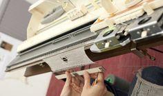 Leer breien op de breimachine! Diverse breicursussen, breimachinelessen, breiworkshops. In de inspirerende studio van STRIKKS in Maastricht. Knitting Machine, Hand Guns, Studio, Crochet, Design, Firearms, Crocheting, Knitting Looms, Chrochet