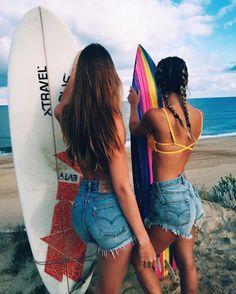 • ☾• beachy • ☾•