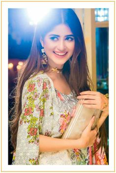 Beautiful Sajal Ali Shot Luxury Festival Lawn Collection of Qalamkar! Sajal Ali Look an epitome of elegance in the outfit which are good to go even for your most formal occasions. #SajalAli #Gorgeous #LuxuryLawnCollection #EidCollection17 #PakistaniFashion #PakistaniCelebrities  ✨
