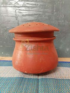 Make your kitchen traditional with the handcrafted collection of Clay cookware products such as Clay Cooking Pot , Clay Cookware kadai. Buy Clay, Wood Chopping Board, Hand Molding, Kitchen Utensils, Handmade Shop, Earthenware, Traditional Design, Vintage Kitchen, Cookware
