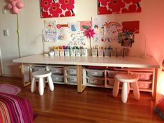 IKEA Hackers: Toddler desks - I like the wide desks and storage below for arts and crafts storage. Ikea Hacks, Ikea Molger, Ikea Trofast, Bureau D'art, Kids Art Table, Art Desk For Kids, Ikea Desk, Ikea Playroom, Playroom Storage