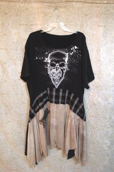 Boho Plus Size TShirt, Grunge Rocker Skull, Bohemian Junk Gypsy Style, Country Girl Chic, Coachella Music Fest Free People Style