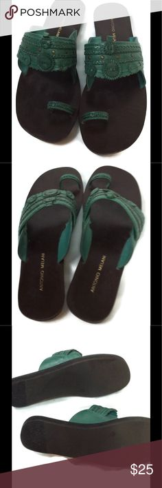 🎉HP🎉Antonio Melani Teal Green Sandals  7 1/2 Leather upper.  Very comfy. EUC.  Bundle to save on Shipping!! ANTONIO MELANI Shoes Sandals