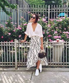 Maxi skirt and sneaker !