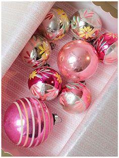 Pink Ornaments-LOVE LOVE LOVE!