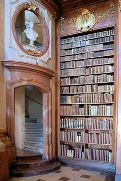 formal library - reminds me of Beauty and the Beast, always wanted their library!