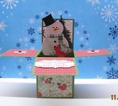 Card in a box - Voor wie de cursus 'Kaarten en kado-envelopjes maken' bij Marjolein Zweed Creatief heeft gedaan. Deze met de sneeuwpop is ook een leuke variant op de doosjes-kaart.