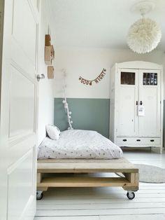 Room Esmay
