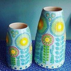 Ceramics by Katrin Moye Pottery Painting Designs, Pottery Designs, Ceramic Cafe, Ceramic Pottery, Painted Flower Pots, Painted Pots, Dot Painting, Ceramic Painting, Cerámica Ideas