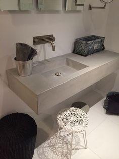 Beton gegoten wasbak, leuk voor in de badkamer