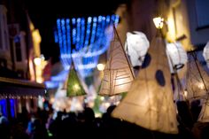 La Fête de Noué in #Jersey is a colourful procession of floodlit floats snake past, covered in twinkling lights  #radissonjersey http://www.radissonblu.co.uk/hotel-jersey