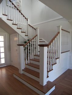 Best Custom Made Closed Riser Staircase Internal Timber Stairs Stairs Pinterest Recliners 640 x 480