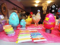 Huevos de porexspan pintadas con acrílicos y decoradas con cintas y formas de goma Eva.  www.misuenyo.com / www.misuenyo.es