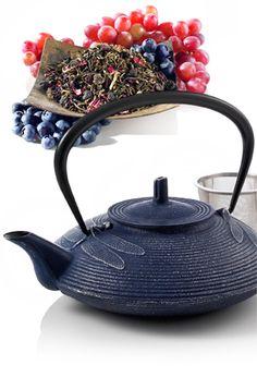 Someday, I want a really nice cast iron tea set to help fuel my tea addiction. *sigh*