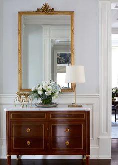 Award winner Canadian Interior designers Emily Griffin and Stephanie Houghton showcase their best work Vintage Patio, Vintage Decor, Furniture Styles, Home Furniture, Furniture Design, Light Gray Paint, Shabby Home, Bedroom Vintage, Elegant Homes