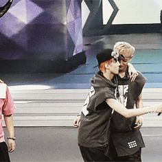 TAO PICKING UP SEHUN. HAHA Sehun face was all calm and all that, and then there's Tao's face NYAHAH LAF EM