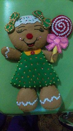 Cris Silva Felt Christmas Ornaments, Christmas Tea, Christmas Themes, Christmas Stockings, Christmas Crafts, Christmas Decorations, Holiday, Xmas, Gingerbread Crafts