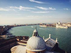 Der Kirchenturm von #sangiorgio bietet eine geniale Sicht auf #venedig  Ein echter Geheimtipp!