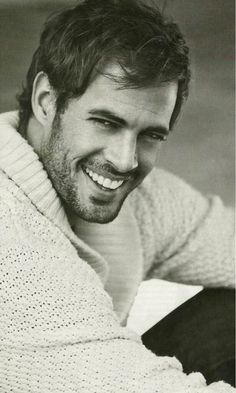 William Levy sexy man award goes to you. William Levi, Celebrity Crush, Celebrity Photos, Celebrity Photography, Gorgeous Men, Beautiful People, Pretty People, Hello Beautiful, Moustache
