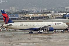 """B767-432(ER) Delta  N843MH Rio de Janeiro Intl Airport (GIG/SBGL) #SpotterRio #767 #Delta #DAL61 #Boeing #boeinglovers #instavioes #megaplane #RIOgaleao…"""
