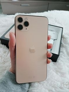 Coque Iphone, Iphone 11, Iphone Cases, Apple Pro, Electronic Devices, New Phones, Mobiles, Apples, Tumblr